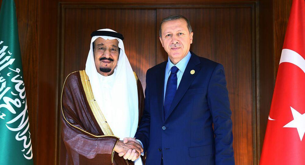 President of Turkey Recep Tayyip Erdogan (R) and Saudi King Salman bin Abdul Aziz Al Saud (L)