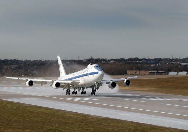 Boeing E-4B landing at Offutt AFB, Nebraska.