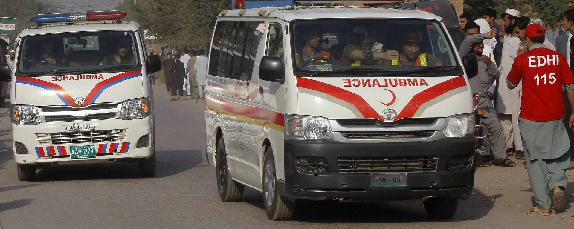 Ambulanza in Pakistan - Sputnik Italia, 1920, 14.07.2021