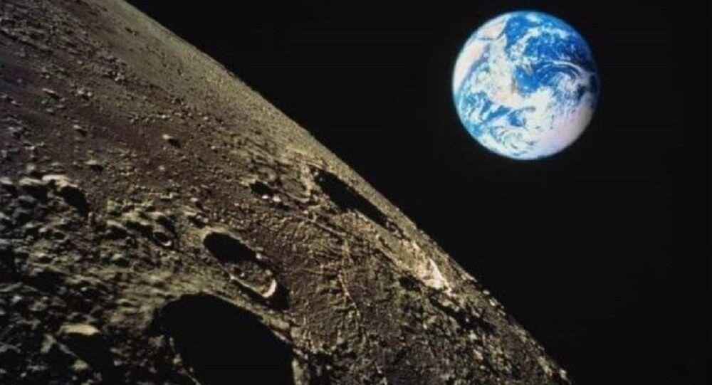 La vista su Terra dalla luna
