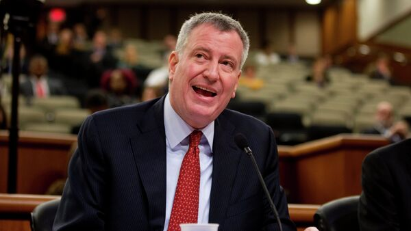 New York City Mayor Bill de Blasio speaks during a joint legislative budget hearing on local government on Wednesday, Feb. 25, 2015, in Albany, N.Y. - Sputnik Italia
