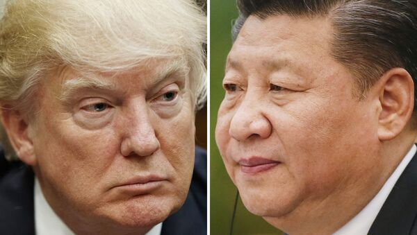 This combination of file photos shows U.S. President Donald Trump on March 28, 2017, in Washington, left, and Chinese President Xi Jinping on Feb. 22, 2017, in Beijing - Sputnik Italia
