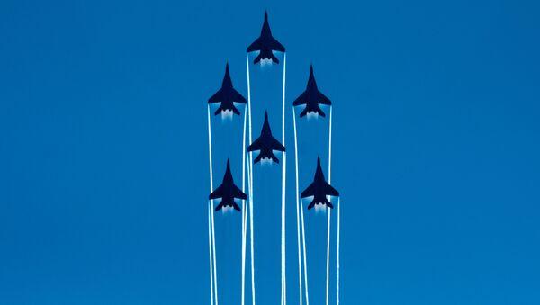 Lo show per i 105 anni dell'Aeronautica russa - Sputnik Italia