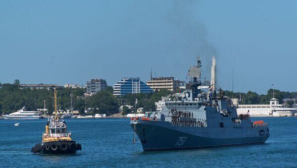 La fregata russa della flotta del Mar Nero Ammiraglio Essen. - Sputnik Italia