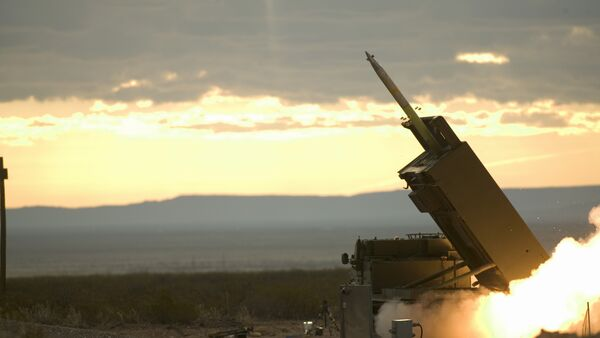 The final pre-acceptance trial of the GMLRS (Guided Multiple Launch Rocket System) at White Sands Missile Range, New Mexico, USA - Sputnik Italia