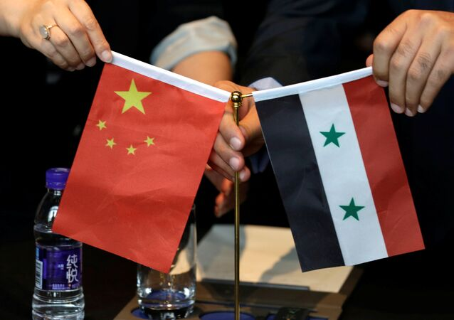 Bandiere di Cina e Siria
