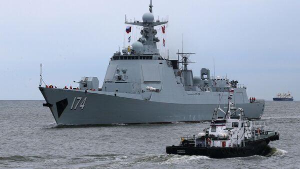 Ракетный эсминец Хэфэй из отряда боевых кораблей военно-морских сил Китая, прибывший в порт Балтийска - Sputnik Italia