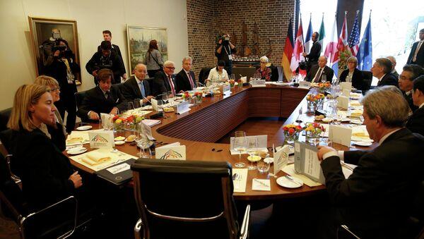Durante un vertice del G7 - Sputnik Italia