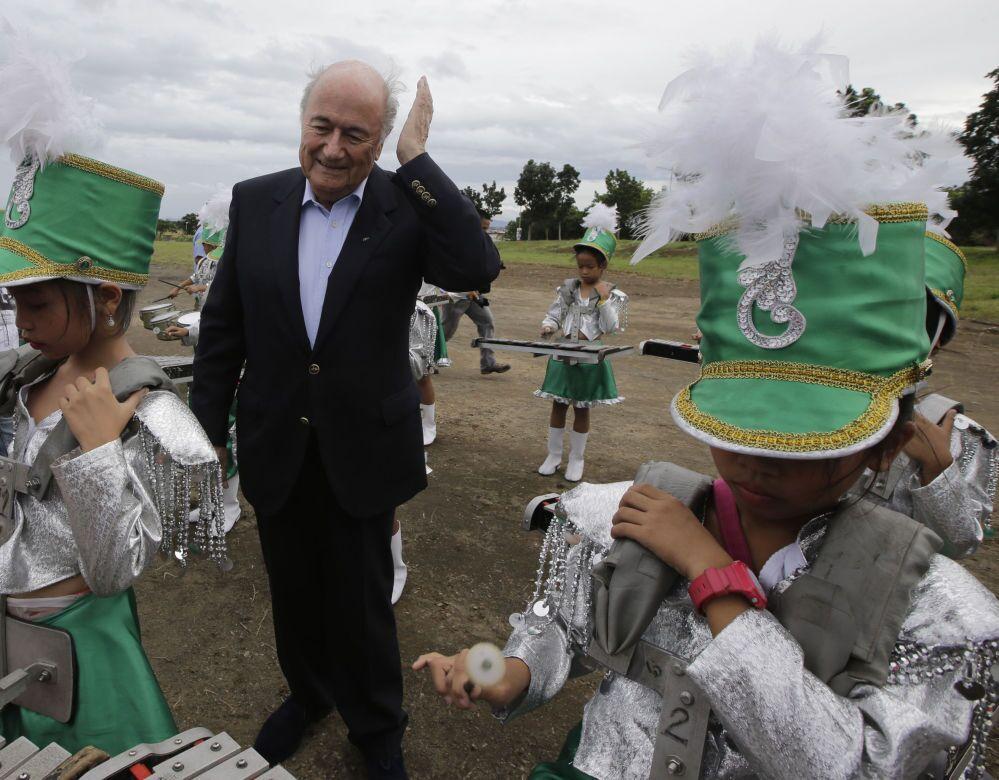 Presidente Fifa Joseph Blatter nelle Filippine.