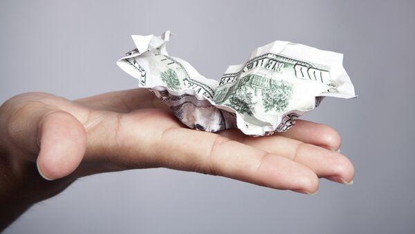 Il dollaro si stropiccia e con lui appaiono crepe sul futuro dell'economia americana. - Sputnik Italia