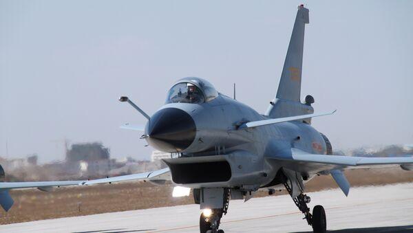 J-10 fighter jet - Sputnik Italia
