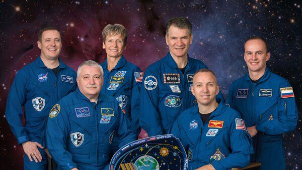 L'equipaggio delle spedizioni 52-53 sulla Stazione Spaziale Internazionale - Sputnik Italia