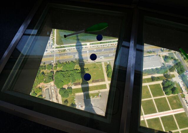 Punto panoramico sulla torre televisiva di Ostankino a Mosca