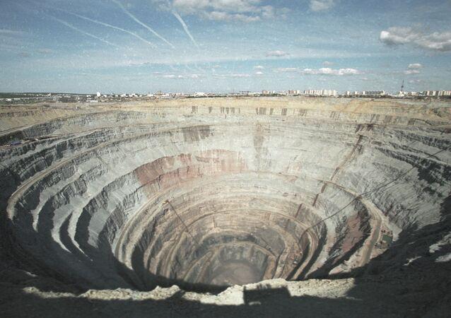 Miniera Mir
