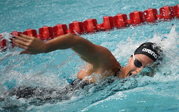 Federica Pellegrini nuota nella finale dei 200 metri stile libero ai campionati mondiali di Budapest - Sputnik Italia