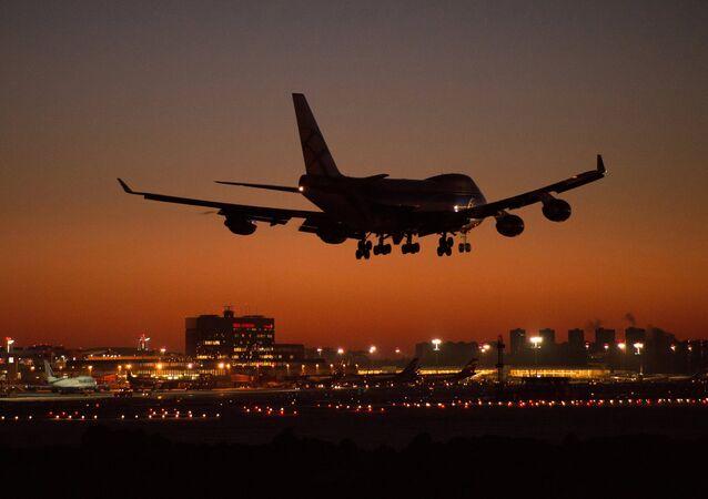 Boeing 747 (foto d'archivio)