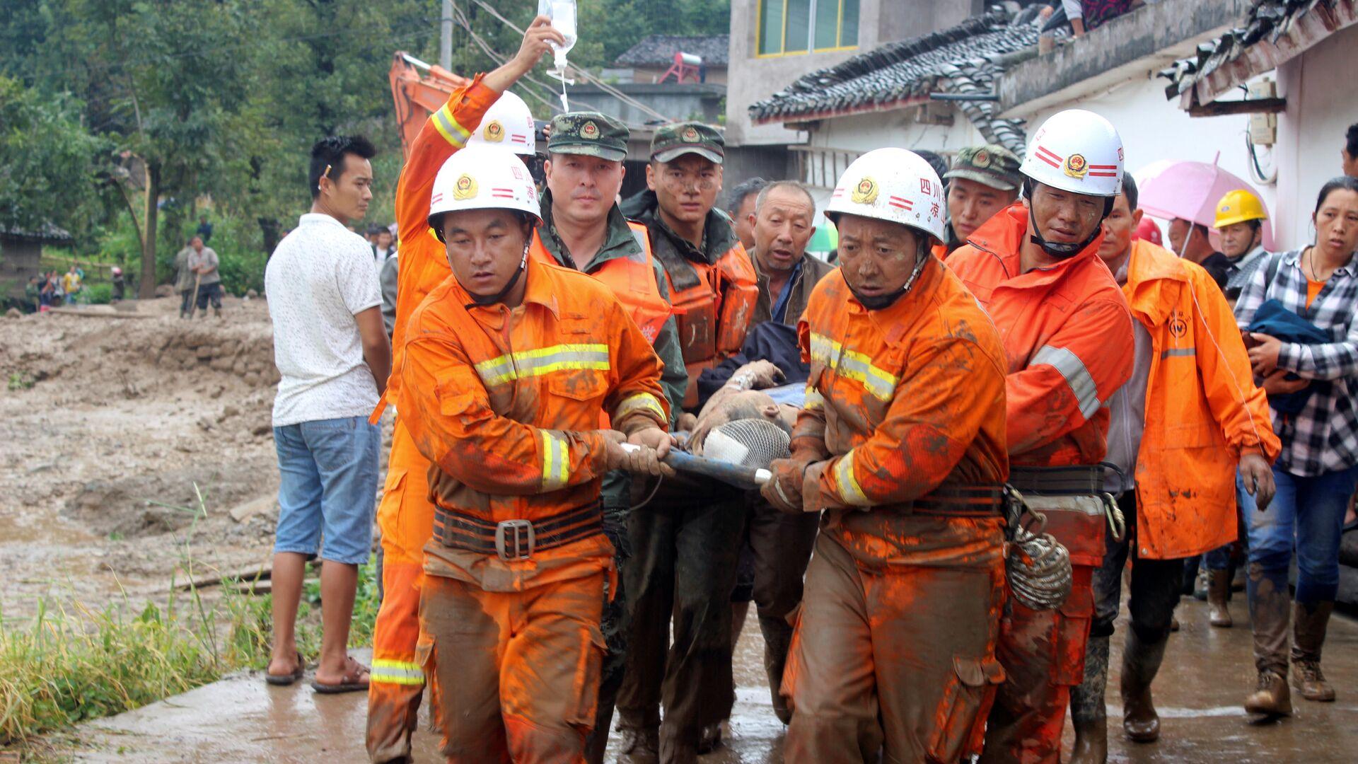 Cina, terremoto di 6.5 gradi colpisce provincia di Sichuan - Sputnik Italia, 1920, 22.05.2021