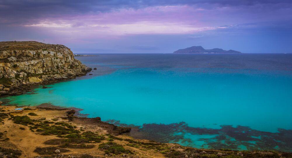 Costa siciliana (foto d'archivio)