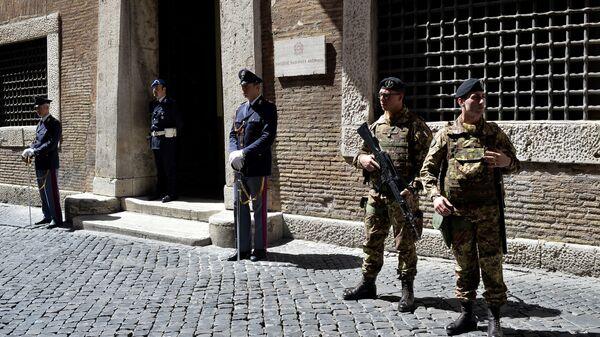 E` stata  appoggiata la decisione di non sciogliere il Comune di Roma per mafia - Sputnik Italia