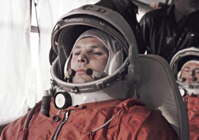 Yuri Gagarin e German Titov prima del lancio da Baikonur