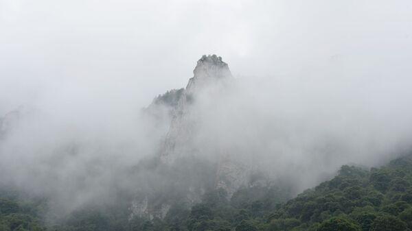 Туман в горах Галанчожского района - Sputnik Italia