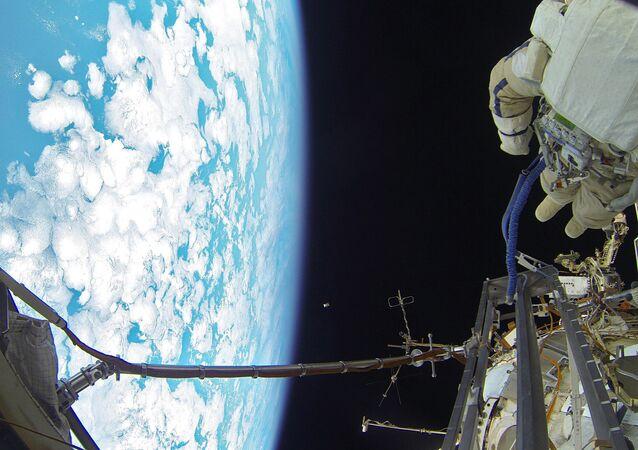 Uscita nello spazio