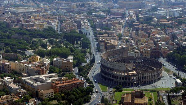 Il Colosseo a Roma - Sputnik Italia