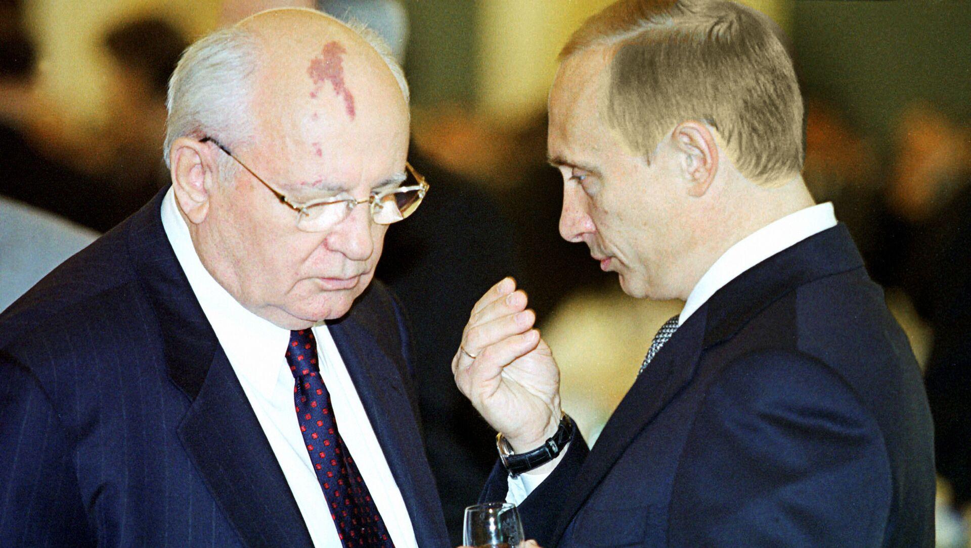 90 anni di Mikhail Gorbachev, presidente Mattarella invia i suoi auguri - Sputnik Italia, 1920, 02.03.2021
