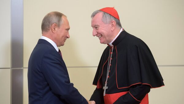 Russian President Vladimir Putin's meeting with Vatican Secretary of State Pietro Parolin - Sputnik Italia