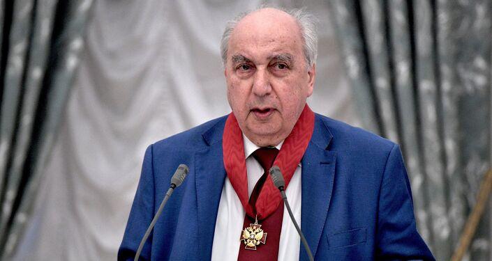 Aleksandr Chubaryan, il direttore scientifico dell'Istituto di Storia Generale dell'Accademia Russa delle Scienze e accademico della stessa