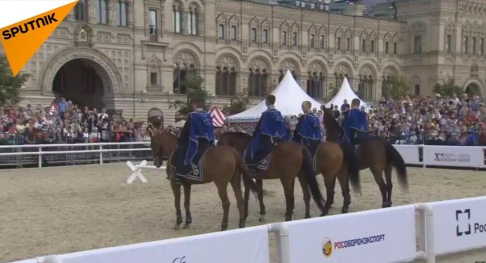 Il 1° giorno del festival delle orchestre militari Torre Spasskaya a Mosca