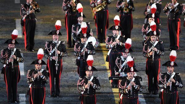 La cerimona dell'apertura del 10° festival delle orchestre militari Torre Spasskaya a Mosca - Sputnik Italia