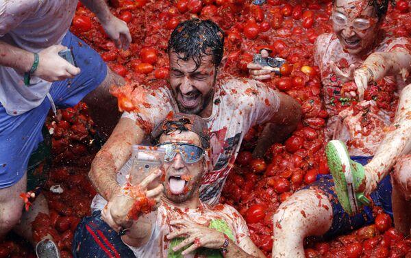 La battaglia di pomodori Tomatina, Spagna. - Sputnik Italia