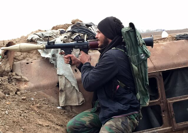 Paramilitare delle forze governative siriane a Deir ez-Zor