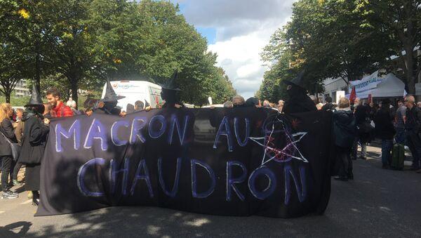 Le manifestazioni contro la riforma del Codice di lavoro a Parigi. - Sputnik Italia