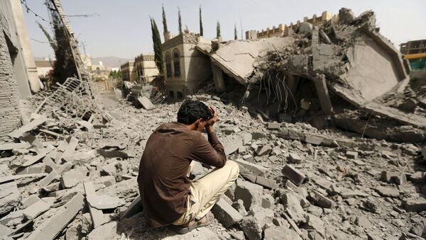 Dopo gli bombardamenti a Sana'a, la capitale dello Yemen - Sputnik Italia