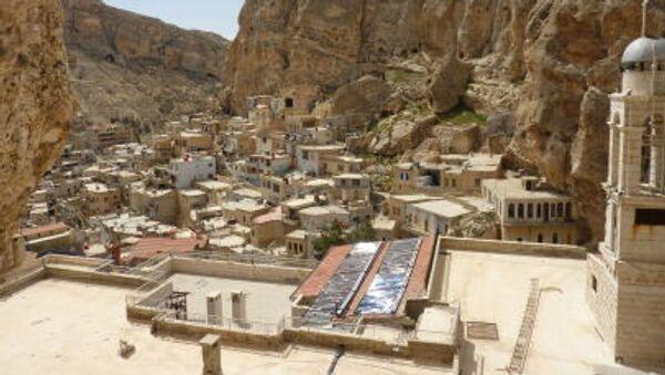 Вид на сирийский город Маалюля, разположенный к северо-востоку от Дамаска - Sputnik Italia