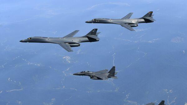 Esercitazioni aeree congiunte di USA e Corea del Sud - Sputnik Italia