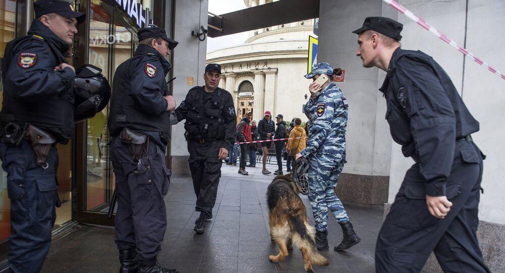 Evacuazione a San Pietroburgo