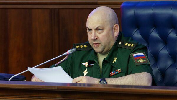 Il generale Sergei Surovikin - Sputnik Italia