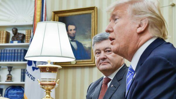 Petro Poroshenko e Donald Trump - Sputnik Italia