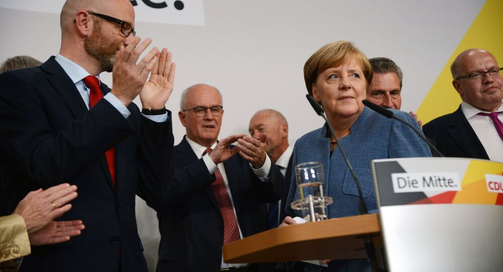 Angela Merkel durante le elezioni parlamentari in Germania