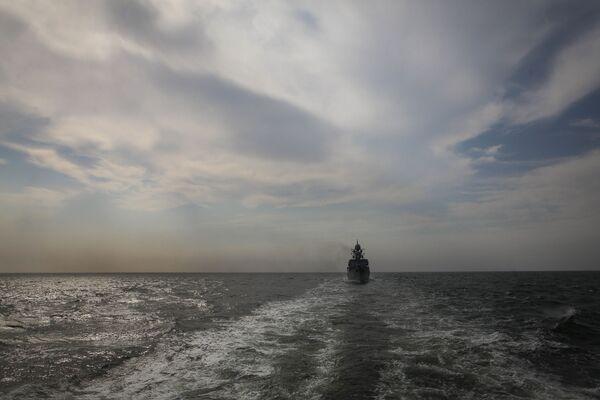 Le esercitazioni della flotta del mar Caspio - Sputnik Italia