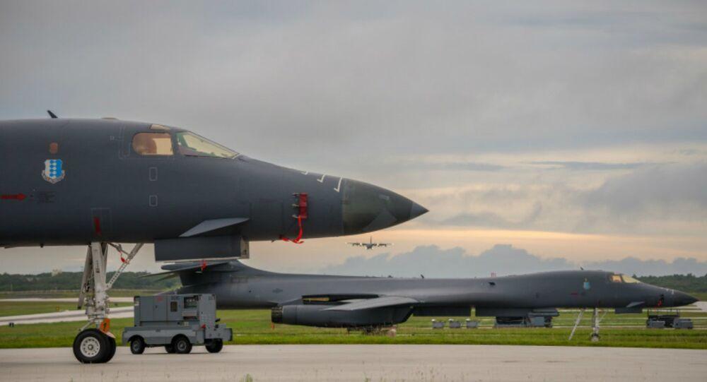 Bombardiere Usa B-1B