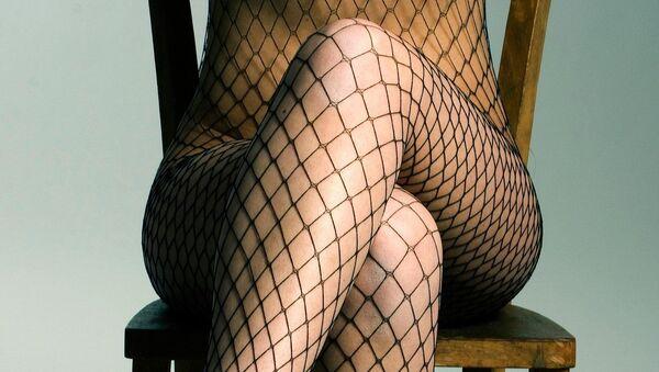 Fishnet stockings - Sputnik Italia