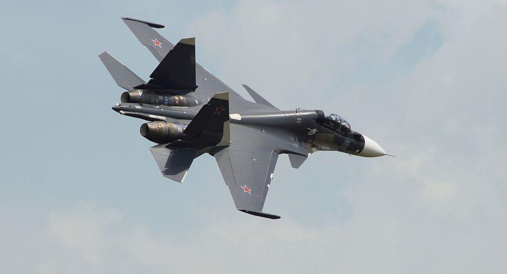 Caccia Su-30