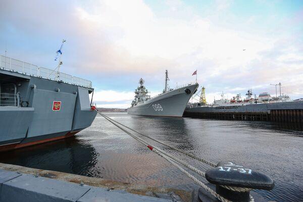 Le navi della flotta del Nord nella penisola di Kola - Sputnik Italia
