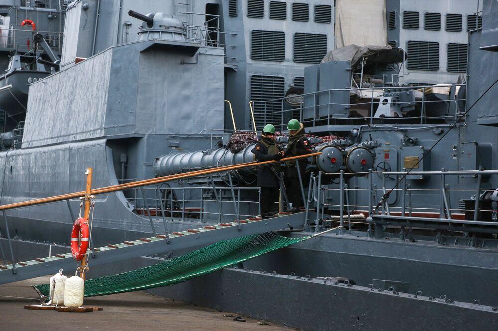 Le navi della flotta del Nord nella penisola di Kola