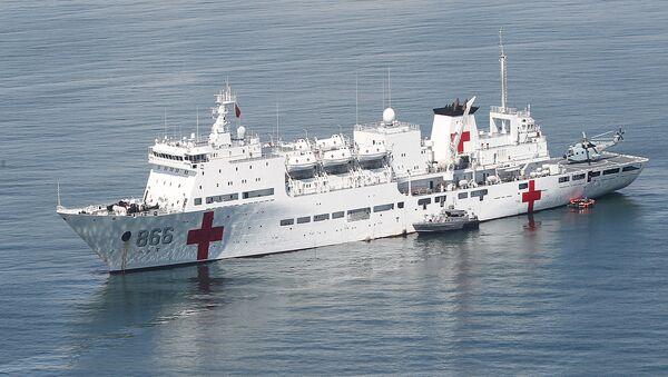 Chinese People's Liberation Army hospital ship, the Peace Ark (File) - Sputnik Italia