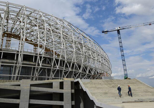 Lavori di costruzione dello stadio dei Mondiali 2018 a Saransk (foto d'archivio)